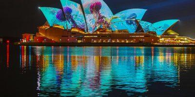 VividSydney2019_SydneyOperaHouse_AstralFloraBallet_CREDITDestinationNSW_HL0014_1904x2601